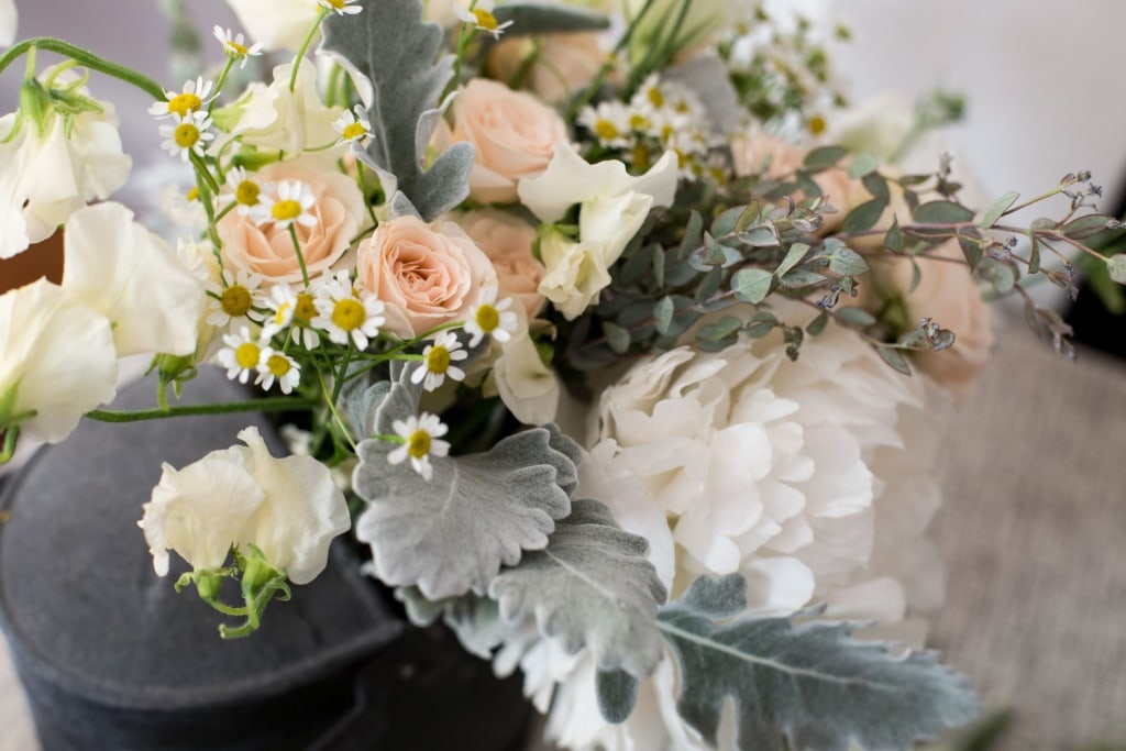 delicate wedding flowers, Montana natural wedding flowers