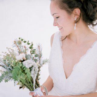 dried flower bouquet at a winter wedding in Northwest Montana