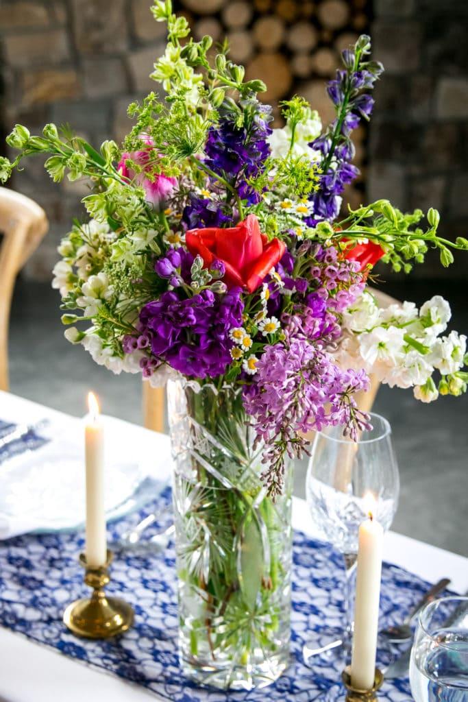 Earth Within Flowers medium arrangement, Missoula Wedding Photographer, Spring Wedding, Mountain Wedding, Night Owl Imagery, Mae Foresta, Montana Wedding Photos, White Raven, Alberton