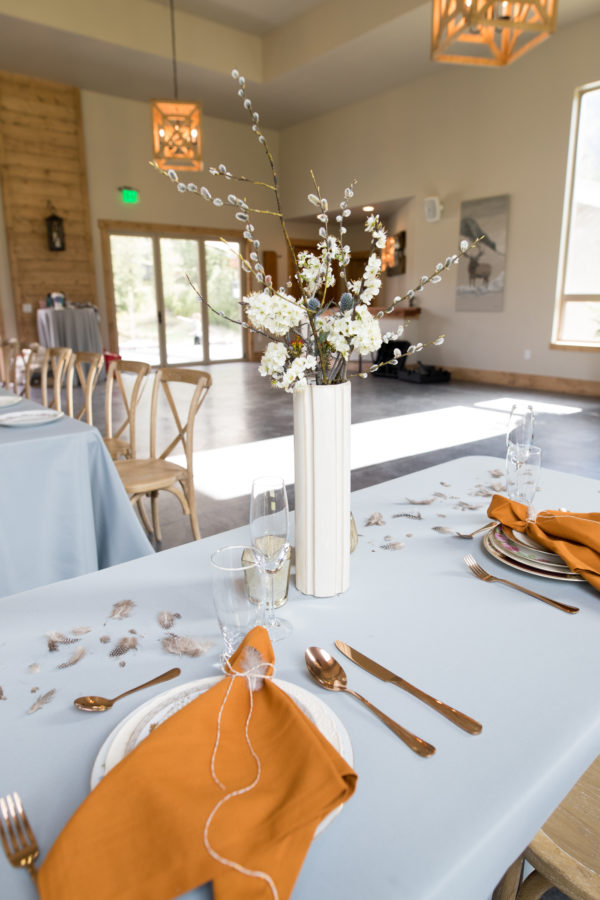 Soiree 99 styled shoot at White Raven Event Center in Alberton, MT